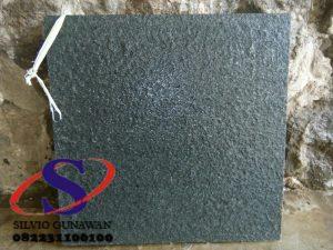 Batu Alam Andesit Polos Hitam